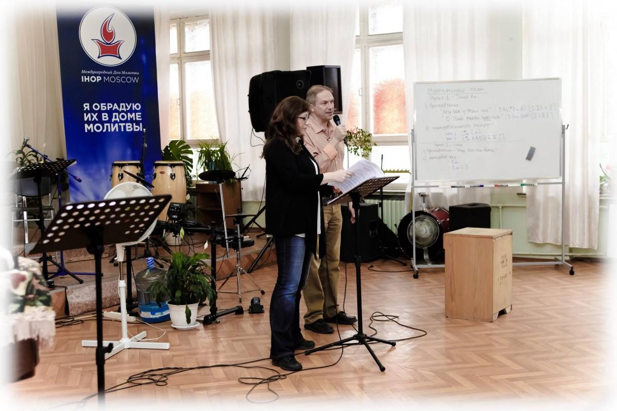 Валентин и Нина Жаровы